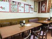 テーブル:14席(4名×2、6名×1.)