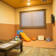 【無煙ロースター完備】キッズルームとしても通常の個室としてもご利用頂けます!