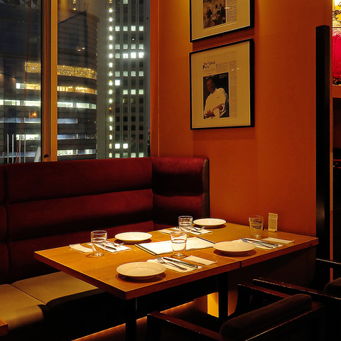 アカデミー賞公式シェフ、ウルフギャングパック氏プロデュースの本格レストラン。