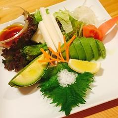 山芋とアボカドのサラダ