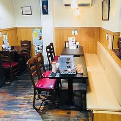 ◆テーブル席あり◎ランチ・ディナーの利用にも最適です♪