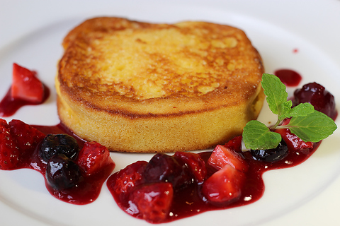 ブリオシュを使った本格派、パリで人気のフレンチトースト