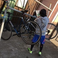 サイクルラック設置済み!自転車でのご来店もお待ちしております!