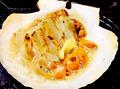 料理メニュー写真特大ホタテ貝のバター醤油焼き