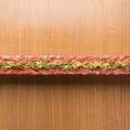 料理メニュー写真熟成牛ロース炙り寿司 25cm