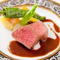 料理メニュー写真鹿児島県産牛フィレ肉のポワレ 赤ワインソース