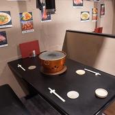 四名席は仕切りも完備。ほかのテーブルを気にすることなくお食事を楽しめます。