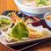 天ぷらうどんとかしわ飯御膳