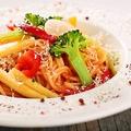 料理メニュー写真[パスタ]彩り野菜の冷製トマトソース