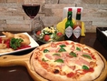 ピザもパスタも、お好きな具材を選んで自分好みにカスタマイズできます☆ワクワク☆ドキドキ☆トッピングを選ぶのが苦手な方のために、それぞれ全8種類の定番メニューもご用意してますよ♪
