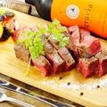 料理メニュー写真黒毛和牛霜降り塊肉ステーキ (150g)