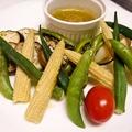料理メニュー写真ゴロゴロ野菜ののバーニャカウダー