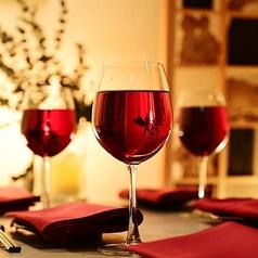 ◆和の雰囲気漂う完全個室。会社宴会・同窓会・友人同士の集まりなど、シーンに合わせて大小様々な個室席をご用意しています!日々の疲れを癒す落ち着いた雰囲気の店内でご宴会をお楽しみください。