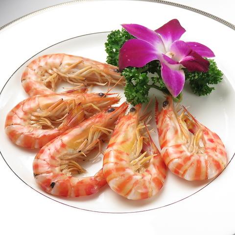 香港の有名ホテルで修行したシェフの本格広東料理。素材の良さと本場の味付けが最高♪
