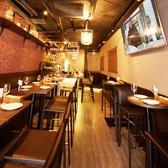 ランチ、カフェ、ディナー、バーと時と共に変わりゆくOliveの姿をお楽しみ下さい♪