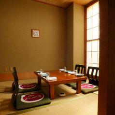 【2階】大人気のお座敷個室。接待、お食事会にお使いください。