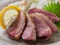 料理メニュー写真・茶美豚の豚バラ岩塩焼き ・茶美豚の豚トロ岩塩焼き