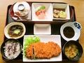 料理メニュー写真ロースカツ定食/ロースカツとじ定食