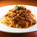 料理メニュー写真自家製ミートソーススパゲッティ