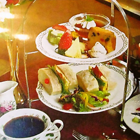 【ティータイム限定】アフタヌーンケーキセット(コーヒー1杯付)※要予約※