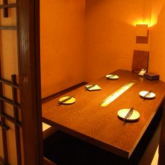 和の趣を感じられる4~5名の個室