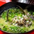 料理メニュー写真がらかぶ味噌汁