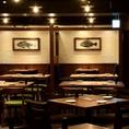 店内中心のオープンテーブル席♪気軽に飲みたいときにおすすめなお席となっております!
