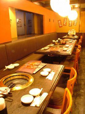 焼肉屋さかい 静岡インター店の雰囲気1