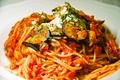 料理メニュー写真モッツァレラチーズのトマトスパゲティー