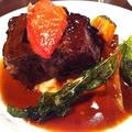 料理メニュー写真和牛首肉とバラ肉のとろとろビーフシチュー
