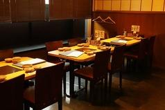 【温野菜】当店自慢のお食事をごゆっくりお愉しみいただけるテーブル席は当日のご利用におすすめです。