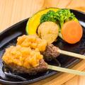 料理メニュー写真浜松ハンバーグ(2本入り)