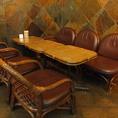 ミーティングにもピッタリの落ち着いたテーブル席