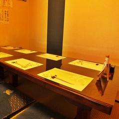 4名席×2テーブル最大10名様までお座敷貸切可能!