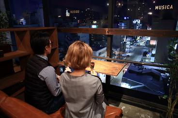 夜景の見えるダイニングバー MUSA ムーサの雰囲気1