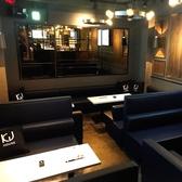 人数に合わせてお席をご用意するので25名様までOKのテーブル席。