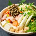 料理メニュー写真宮崎産 日向鶏と白湯出汁の贅沢水炊き鍋