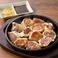 料理メニュー写真【甘太郎】特製カレーマヨで食べるもち皮焼き餃子(12ヶ)