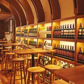 魚とワイン はなたれ The Fish and Oysters 田町店の雰囲気2