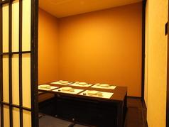 6~7名様の個室は2部屋御座います。連結し14名様までのご会食に対応できます!