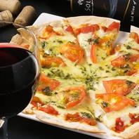 一番人気!生地から手作りの薄焼きピザ
