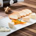 料理メニュー写真世界のチーズ盛り合わせ5種