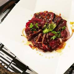 料理メニュー写真国産牛のカルパッチョ