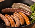 料理メニュー写真グリル ド ソーセージ 7種盛り