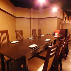 6名~10名様向け宴会テーブル席。ご利用人数に合わせてお席をご用意いたしますのでお気軽にご相談ください。