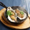 料理メニュー写真牡蠣の鉄板ステーキ 【ガーリック・バター醤油】 3個