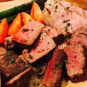 厳選ワイン飲み放題の店 肉バル横丁 新潟駅前店の【盛り】塊肉盛合せ 2~3人前の写真