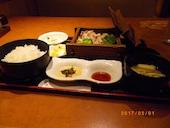 四季菜々 新浦安店の日替わり定食 (ごはん 味噌汁 小鉢付き)の写真