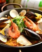 Dining bar Sinzan シンザンの特選魚介のパエリヤの写真
