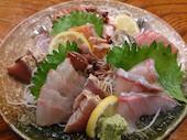 海鮮屋 魚吉 光の森店の刺身盛合せの写真